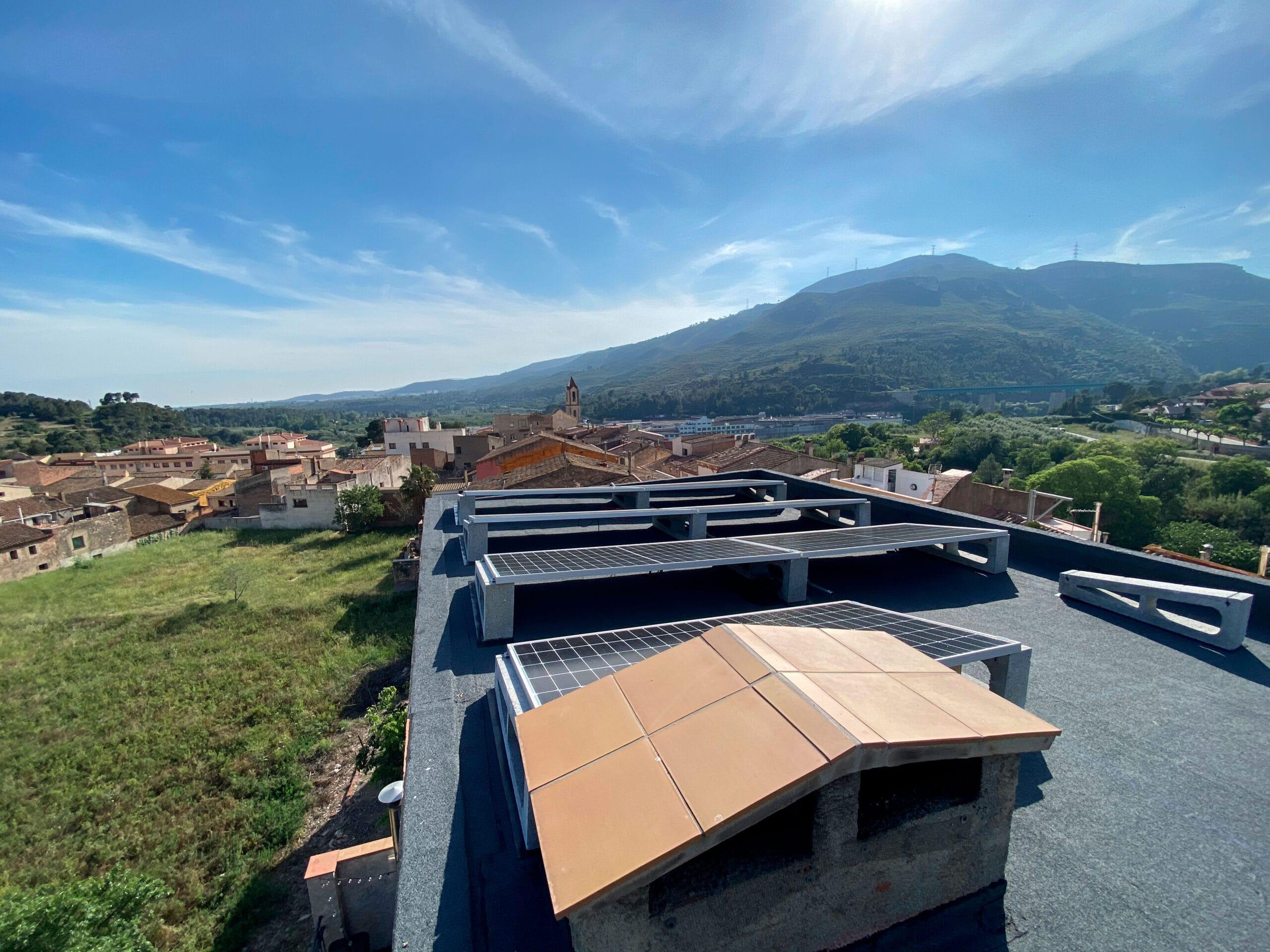 aptes per l'energia solar · aptos para la energía solar