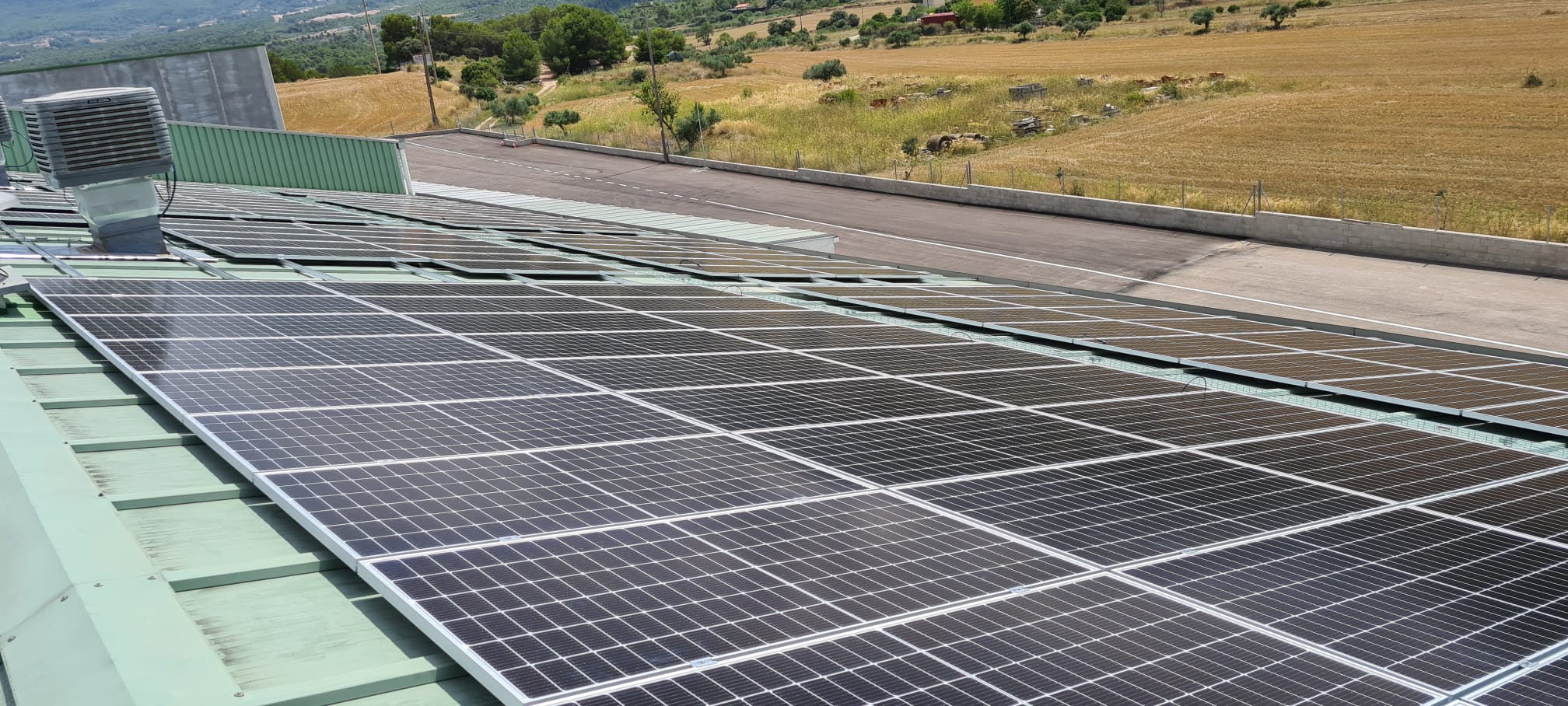 andreu solar instalacions fotovoltaiques plastics espelt